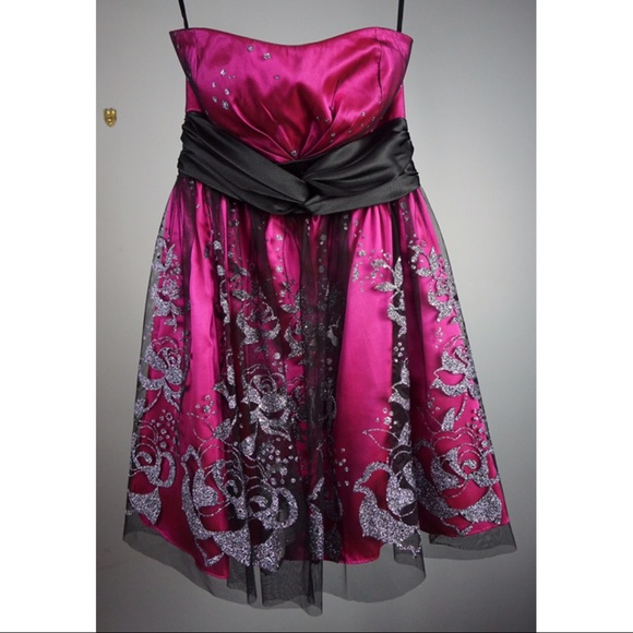 Adrianna Papell Dresses & Skirts - Hailey Logan by Adrianna Papell Dress Pink Silver